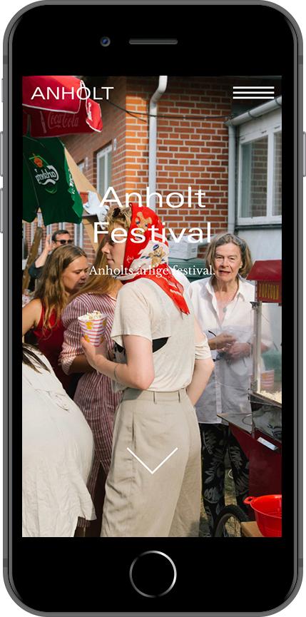 Visit Anholt website on phone, design by Ekstra
